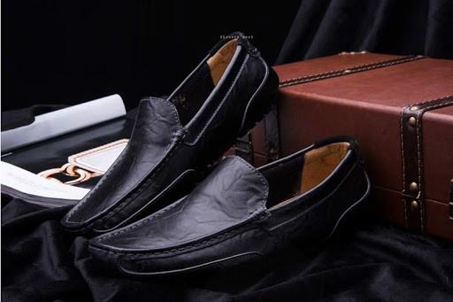 Quần áo thời trang nam đẹp sẽ không thể thiếu một đôi giày phù hợp