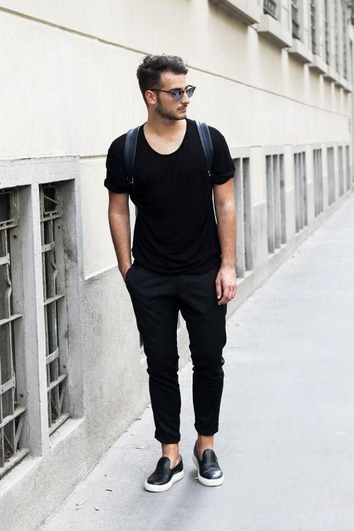 Giày Sneaker nam giới phối đồ như thế nào?
