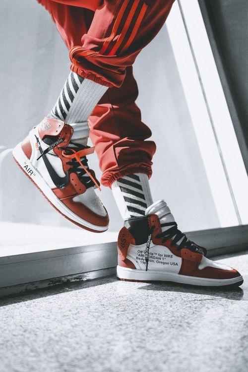 sneaker__