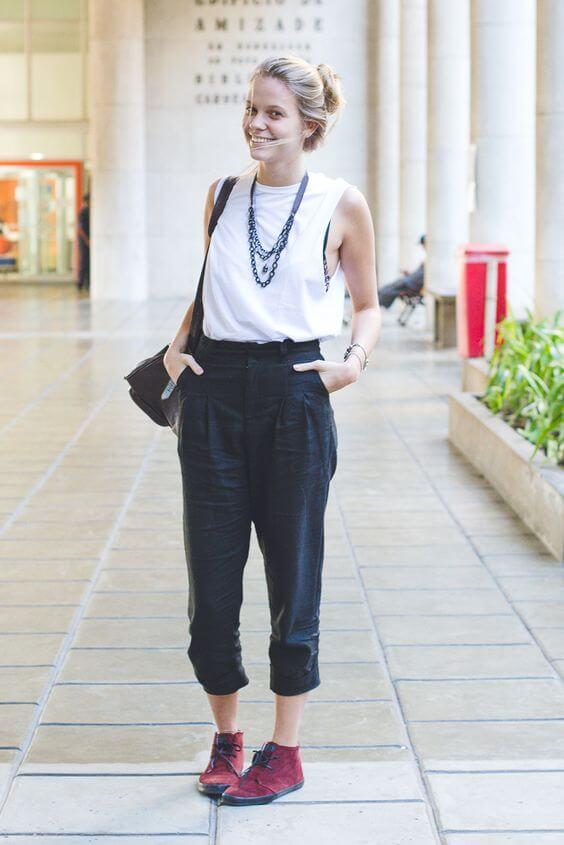 Áo thun ba lỗ với quần baggy nữ phảng phất nét phóng khoáng trong phong cách