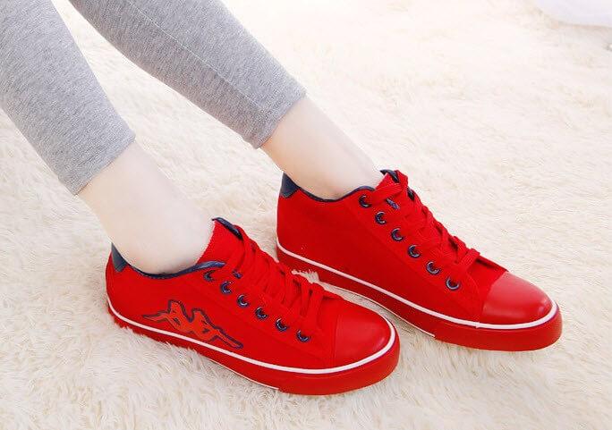 Đặc điểm của cách buộc dây giày giấu nút thắt