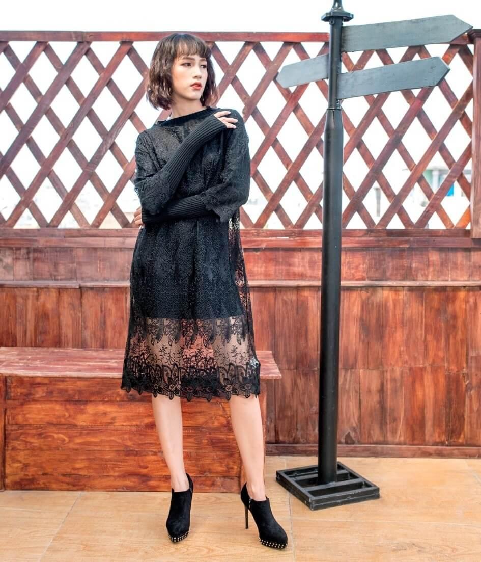 Ấn tượng với váy đen ren