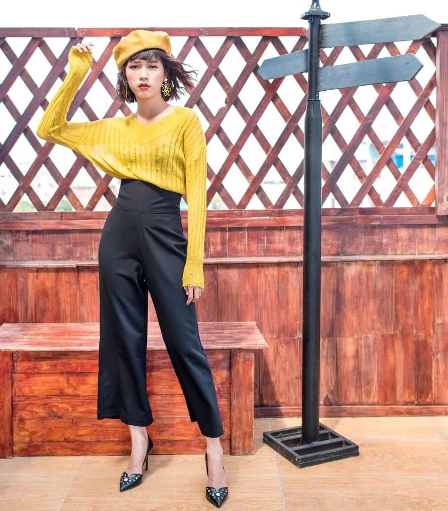 Xuân 2019 - Nổi bật với áo len vàng đậm