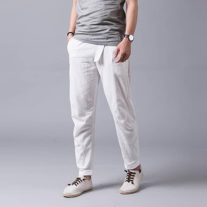 mẫu quần baggy nam màu trắng