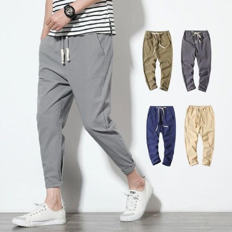 Mẫu quần jogger được thiết kế đơn giản nhưng có thể kết hợp với nhiều loại trang phục