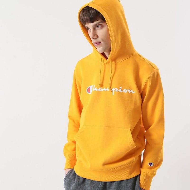 Kiểu dáng Hoodie hiện đại mang lại sự trẻ trung và phong cách mới lạ cho người mặc