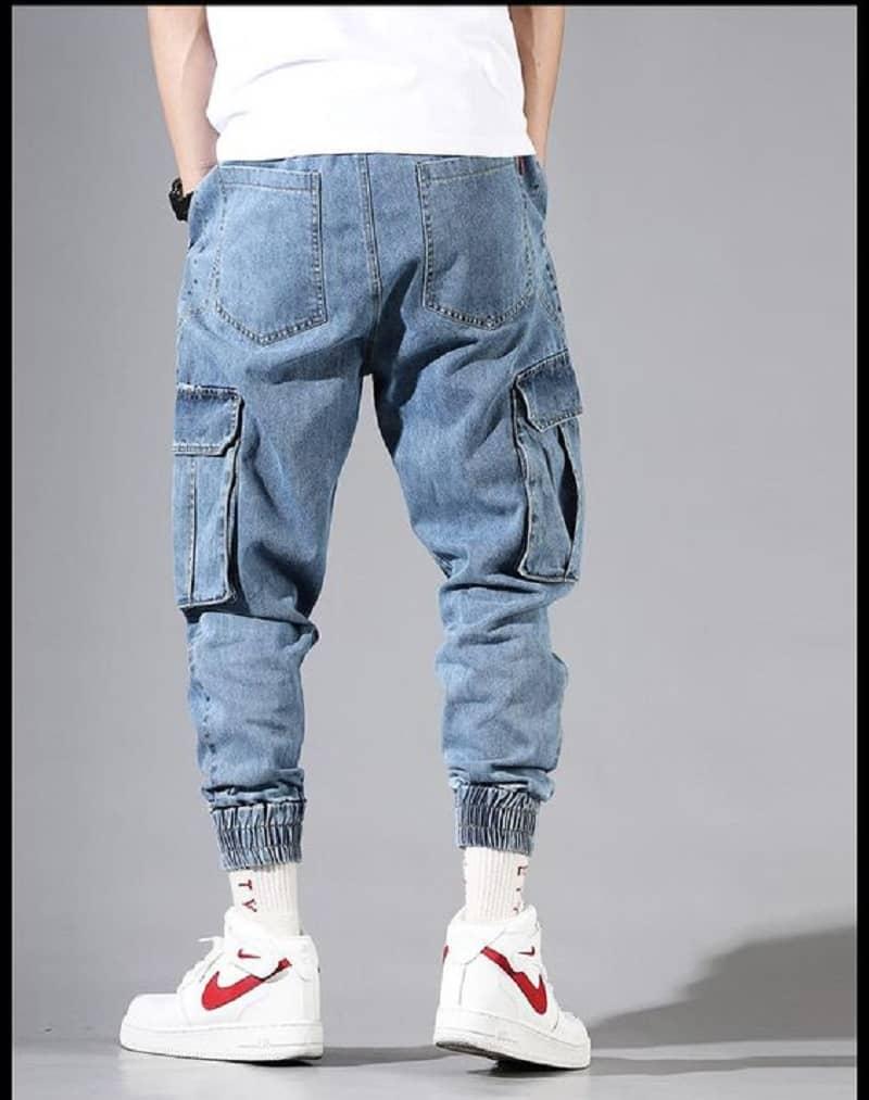 Mẫu quần jogger jean được nhiều người ưa thích hiện nay