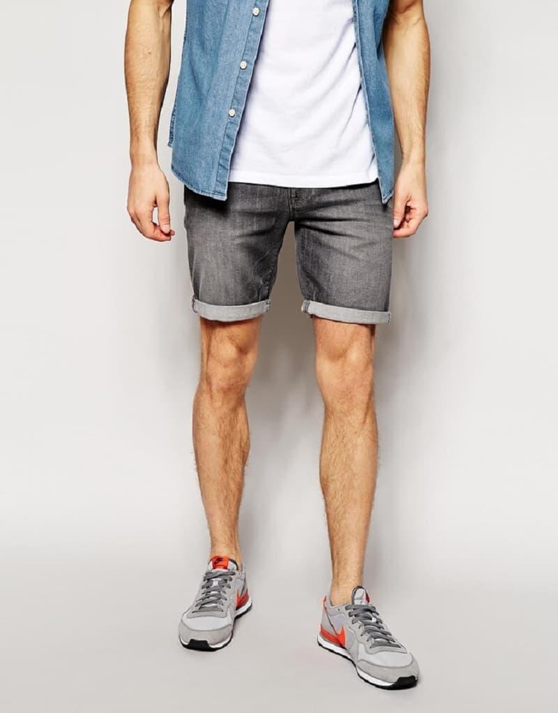 Nên chọn mua quần short nam có kích thước vừa phải
