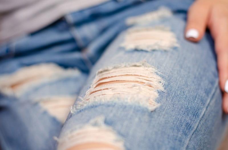 hướng dẫn cách làm quần jean xước nhẹ