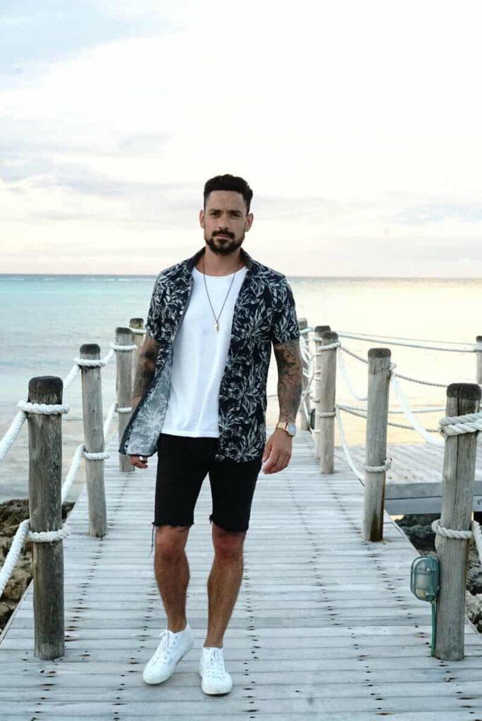 thời trang đi biển cho nam giới