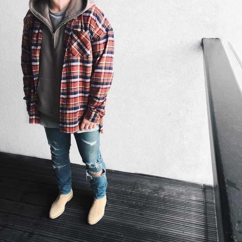 Phong cách Layer với áo Flannel và Hoodie