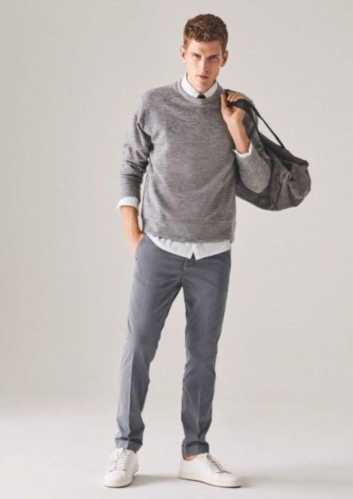 Phối quần tây xám với sơ mi trắng và Sweater xám