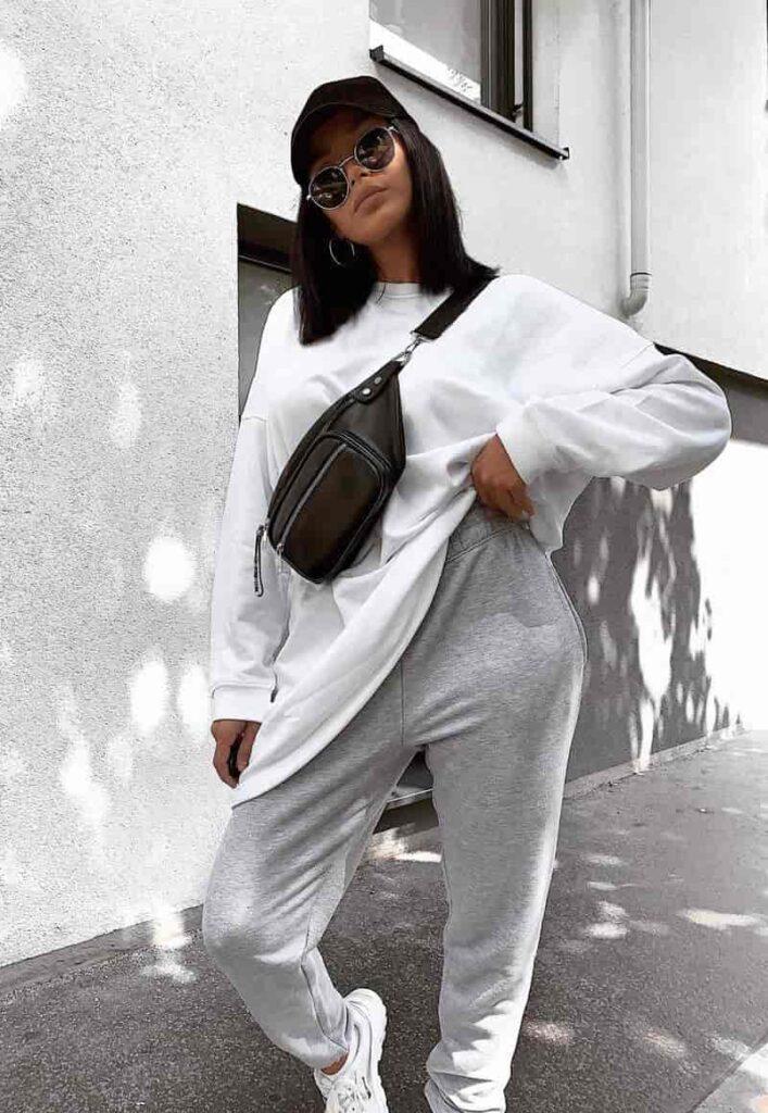 Phối quần Jogger nữ với áo thun form rộng