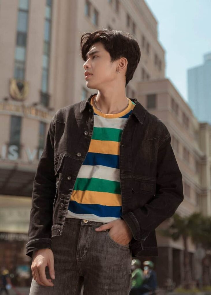 Mẫu áo khoác Jean đen (Black Basic Denim Jacket) – AK 8009