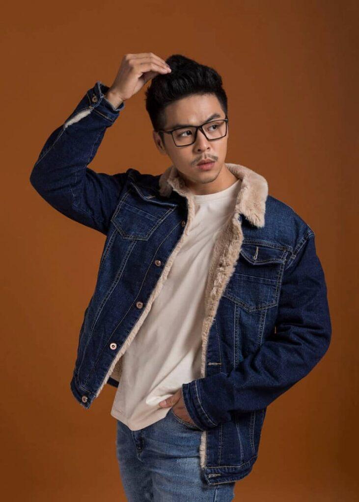 Mẫu áo khoác Jean nam xanh phối lông vũ (Blue Denim Jackets) – 918