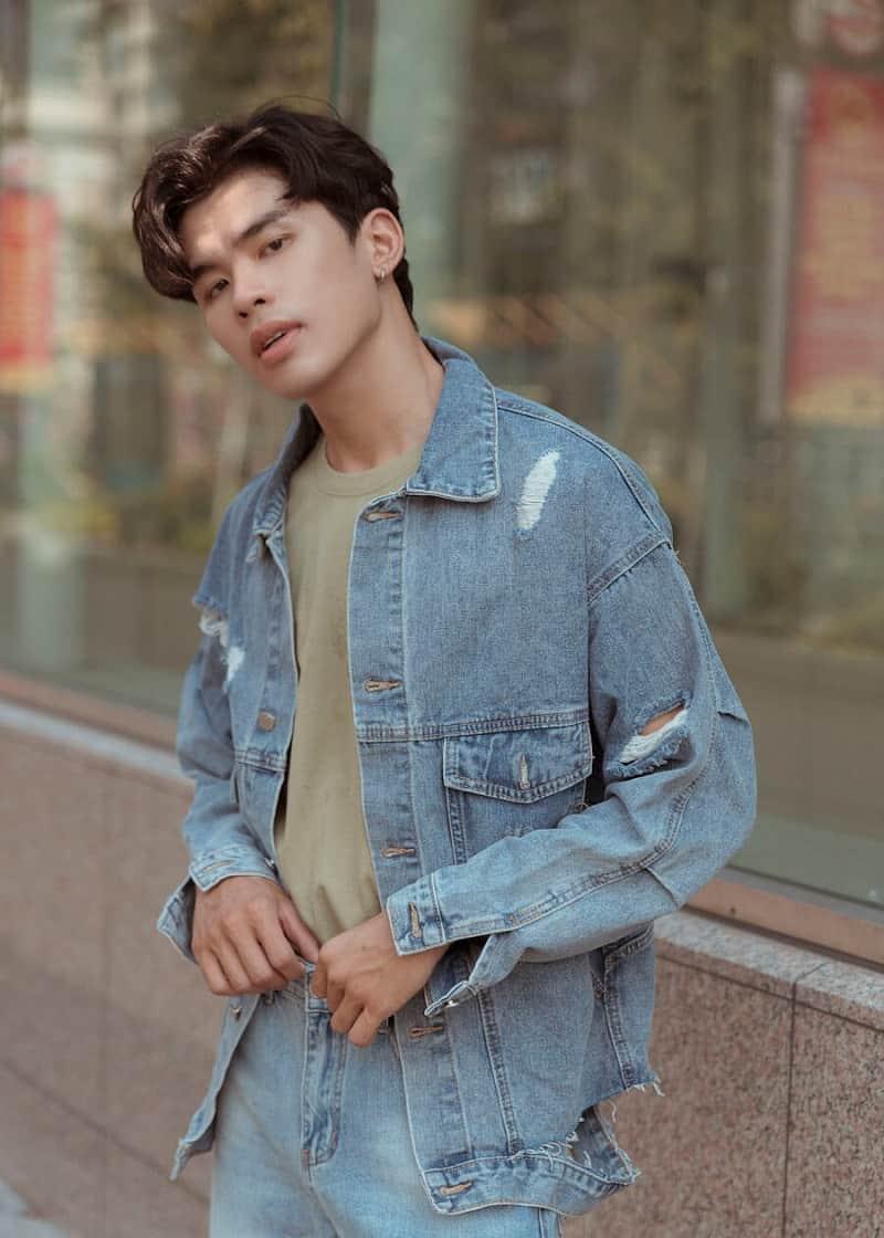 """Áo khoác jean – kaki luôn là mẫu áo """"quốc dân"""" có trong tủ đồ của các chàng trai"""