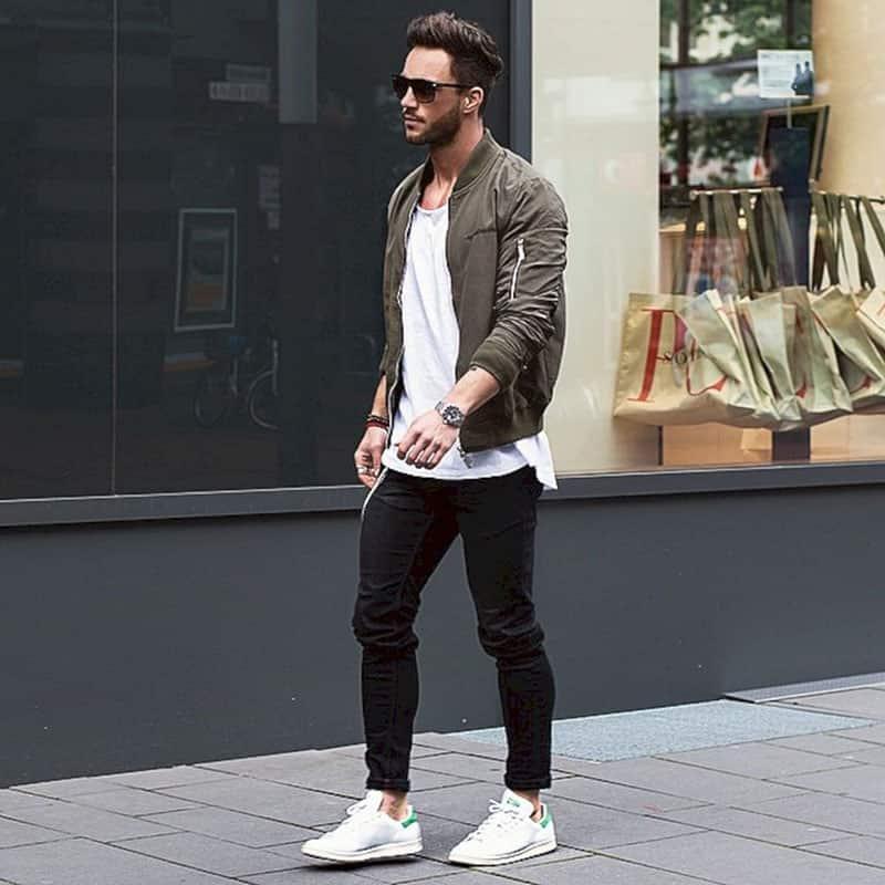 quần jean nam mặc với áo thun trơn trắng